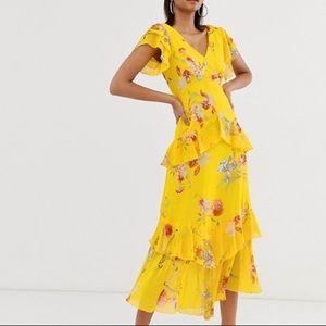 🆕 ASOS, V-neck Floral Tiered Dress